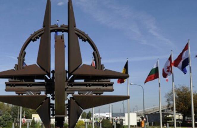 f0bf5e0271 Estados Unidos reclama a Europa que pague una mayor parte de la fiesta de  la defensa común. ¿Creará el vértigo de la retirada una oportunidad para ...
